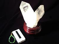 天然水晶クラスター「勝利」