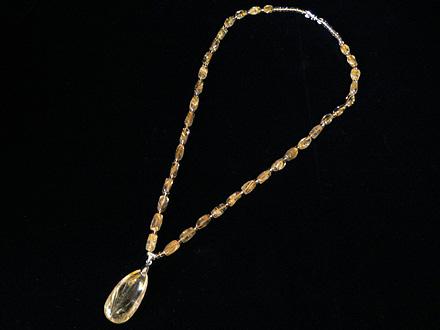 天然ゴールドルチル ネックレス