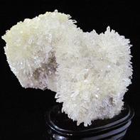 天然水晶原石飾り石「招財」